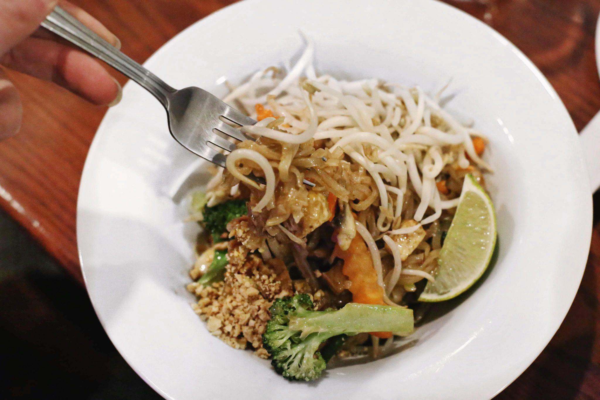 thai food kelowna